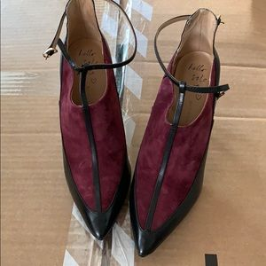 MOVING SALE: like new BR booties